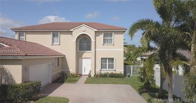 Pembroke Pines Single Family Home For Sale: 2320 NW 184 Ter