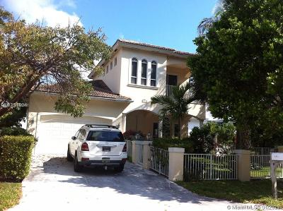 Pompano Beach Single Family Home For Sale: 3221 NE 5th St