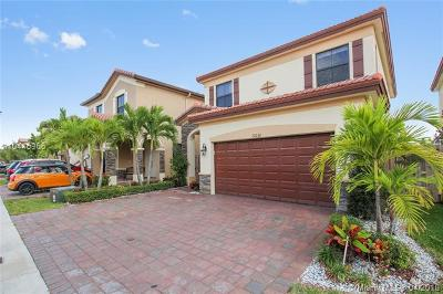 Doral Single Family Home For Sale: 10030 NW 86th Ter