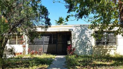 North Miami Single Family Home For Sale: 1111 NE 141st St