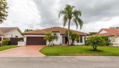 Coral Springs Single Family Home For Sale: 4635 NW 59 Way