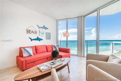 Miami Beach Condo For Sale: 6515 Collins Ave #1204