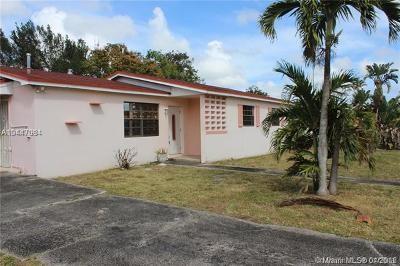 Miami Gardens Single Family Home For Sale: 961 NW 201st St