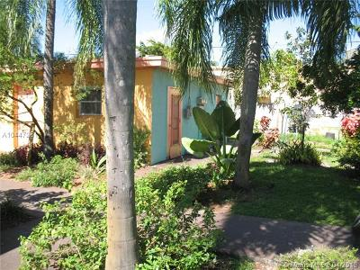 Miramar Multi Family Home For Sale: 6012 SW 38th St