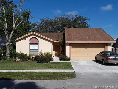 Sunrise Single Family Home For Sale: 3130 NW 106th Ave