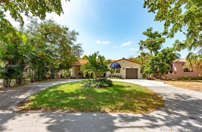 Coral Gables Single Family Home For Sale: 442 Cadagua Ave