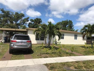 Lauderhill Single Family Home For Sale: 3421 NW 7th St