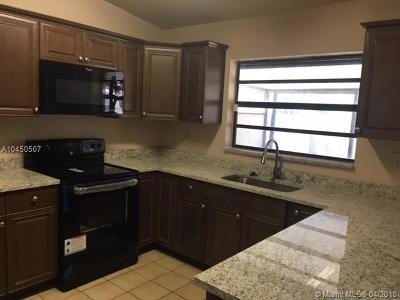 Cooper City Condo For Sale: 5949 SW 112th Way #5949