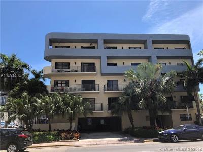 Miami Beach Condo For Sale: 1250 Lincoln Rd #401