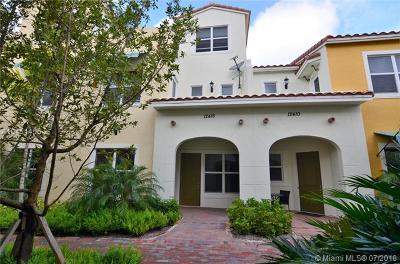 Pembroke Pines Single Family Home For Sale: 12416 NW 17th Mnr