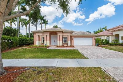 Doral Single Family Home For Sale: 6771 NW 111th Ave