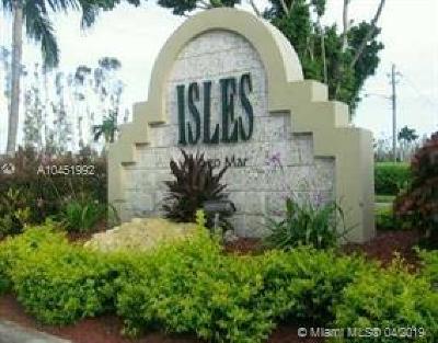 Sunrise Condo For Sale: 437 Vista Isles Dr #2212