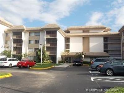 Plantation Condo For Sale: 721 N Pine Island Rd #406