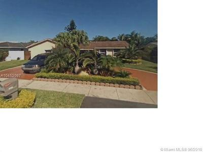 Single Family Home For Sale: 8025 SW 133rd Ct