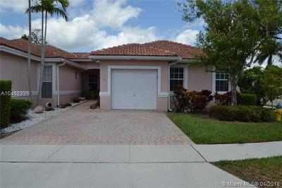Pembroke Pines Single Family Home For Sale: 13011 NW 5th Ct