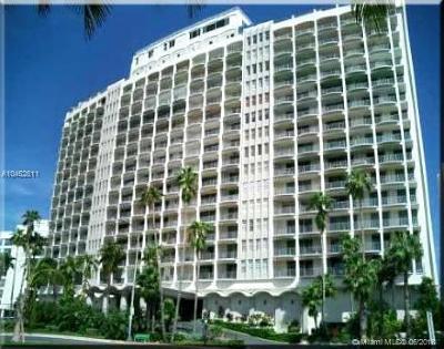 Miami Beach Condo For Sale: 5401 Collins Ave #143