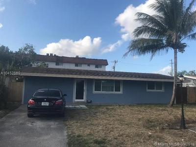 Pembroke Pines Single Family Home For Sale: 7921 NW 16th St