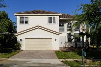 Miramar Single Family Home For Sale: 2022 SW 176th Ave