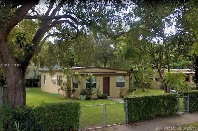Miami Single Family Home For Sale: 3750 Charles Ter