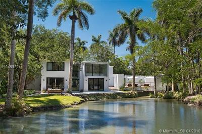 Coral Gables, South Miami Single Family Home For Sale: 5530 Kerwood Oaks Dr