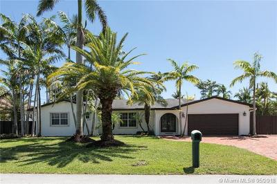 Coral Gables Single Family Home For Sale: 6420 Dolphin Dr