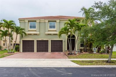 Miramar Single Family Home For Sale: 16171 SW 49th Ct