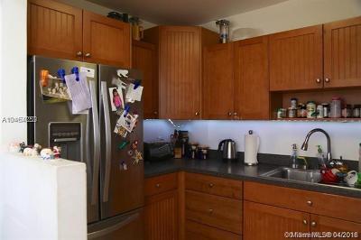 Bay Harbor Islands Condo For Sale: 1165 98th St #401