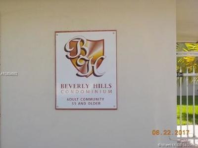 Hollywood Condo For Sale: 5300 Washington St #T324