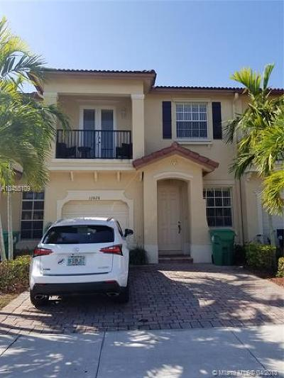 Miami Single Family Home For Sale: 12828 SW 133rd Ter