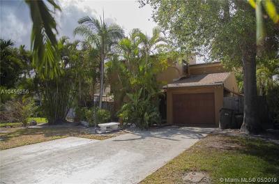 Palm Beach County Single Family Home For Sale: 2417 Sundy Ave