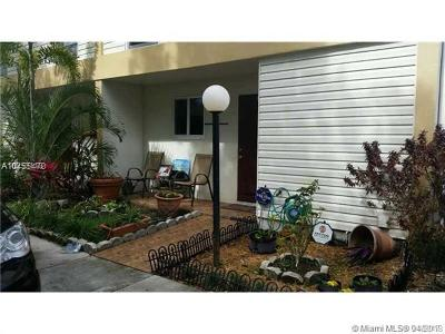 Hollywood Condo For Sale: 3321 Farragut St #7H