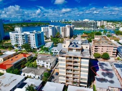 Miami Beach Condo For Sale: 6855 Abbott Ave #704