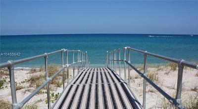Palm Beach County Condo For Sale: 5200 N Ocean Dr #1005