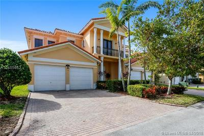 Cutler Bay Single Family Home For Sale: 7938 SW 195th Ter