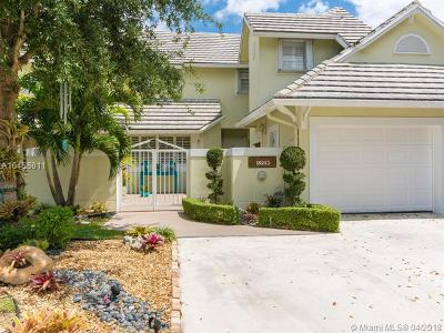 Doral Single Family Home For Sale: 9865 NW 49 Terrace