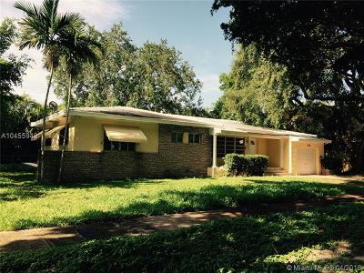 Coral Gables Single Family Home For Sale: 420 Perugia Ave
