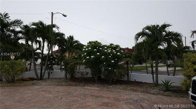 Hialeah Single Family Home For Sale: 7210 W 14th Ct