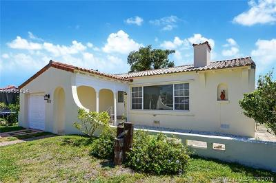 Surfside Single Family Home For Sale: 8919 Emerson Ave