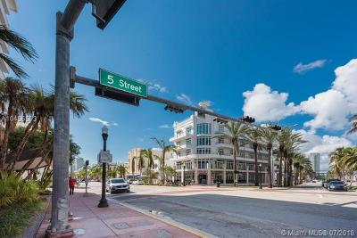 Miami Beach Condo For Sale: 465 Ocean Dr #803