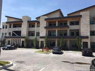 Doral Condo For Sale: 7809 NW 104th Ave #34