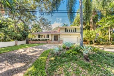 Coral Gables Single Family Home For Sale: 860 Jeronimo Dr