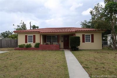 Miami-Dade County Single Family Home For Sale: 6841 SW 48th Ter