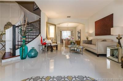 Broward County Single Family Home For Sale: 1024 SW 159th Ln