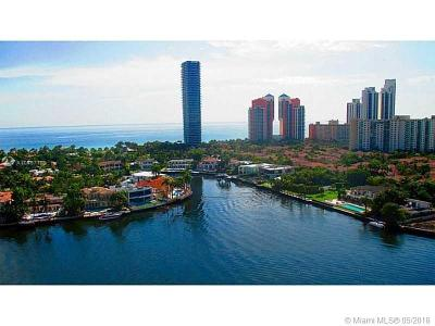 Miami-Dade County Condo For Sale: 19707 Turnberry Way #19-G