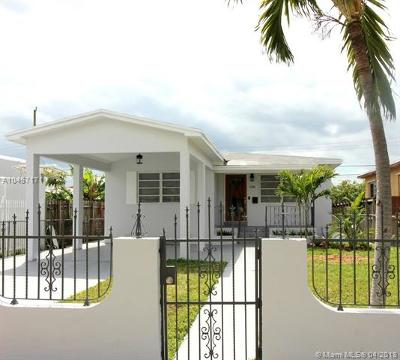 Miami Single Family Home For Sale: 3300 SW 25th St