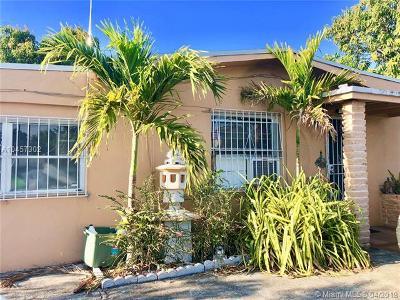 Miami-Dade County Single Family Home For Sale: 565 Opa Locka Blvd