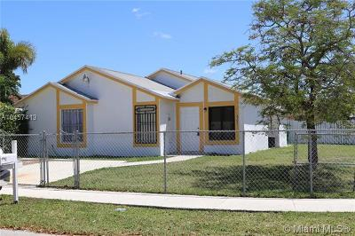 Miami Single Family Home For Sale: 12634 SW 210th Ter