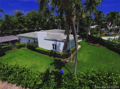 Miami-Dade County Single Family Home For Sale: 121 4th San Marino Terrace