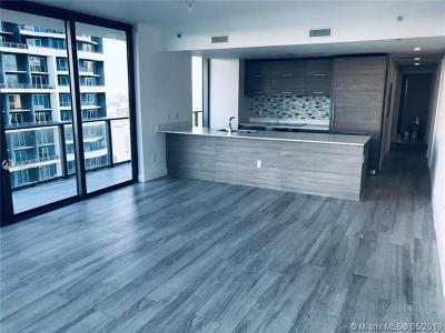 Miami FL Condo For Sale: $878,000