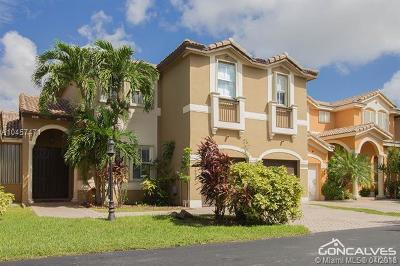 Doral Condo For Sale: 10981 NW 48th Ter